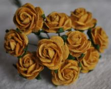 1.5cm OLD GOLD Mulberry Paper Roses